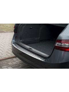 Ochranná lišta hrany kufru Škoda Superb III. 2015- (combi), Avisa