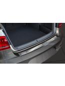 Ochranná lišta hrany kufru VW Passat B8 2015- (sedan, matná), Avisa